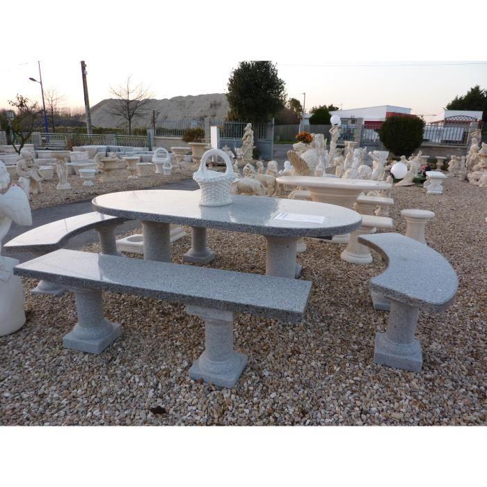 salon de jardin en pierre