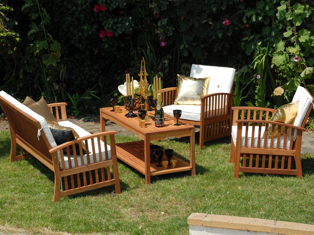 salon de jardin eucalyptus