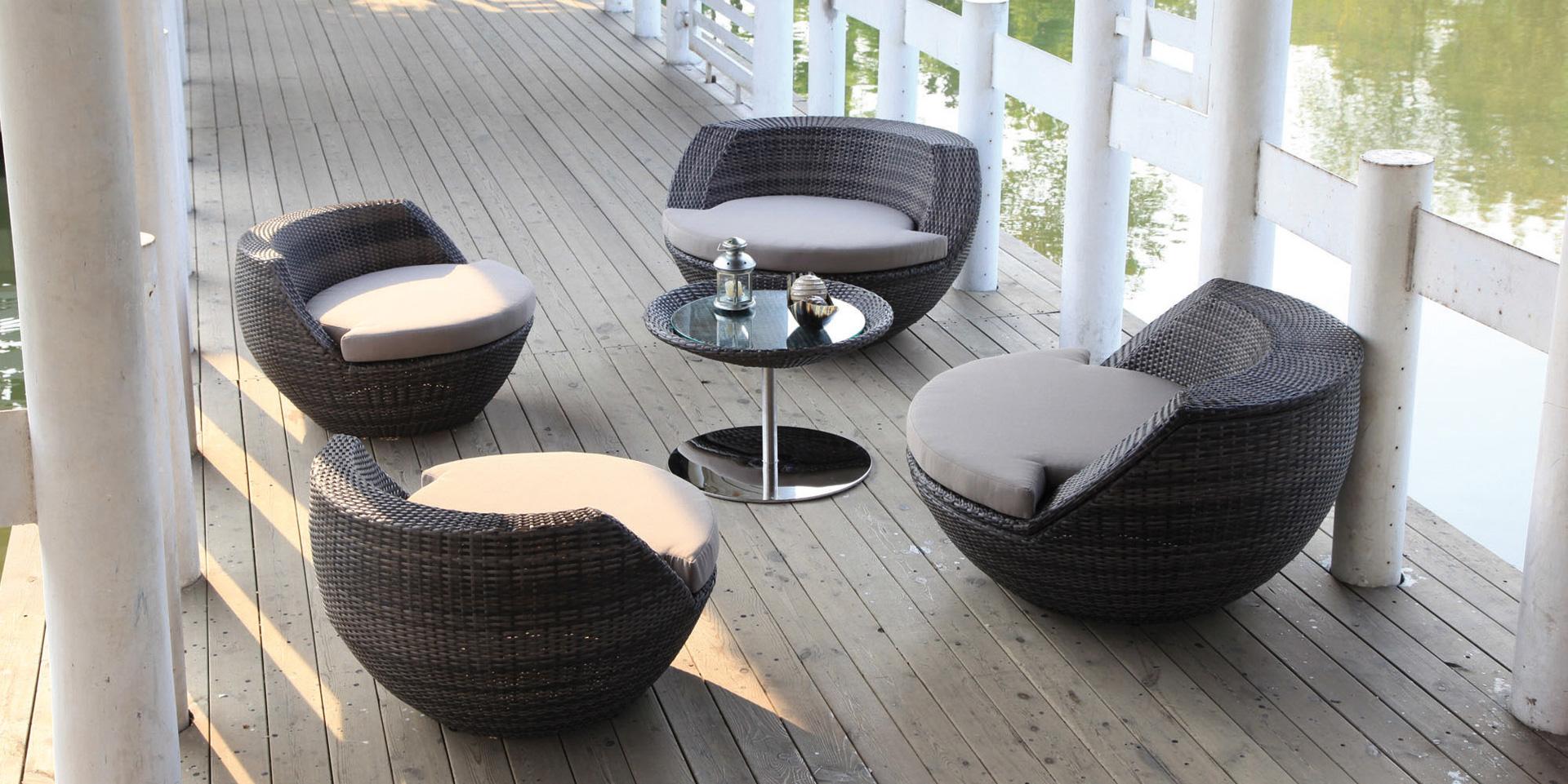Emejing Salon De Jardin Boule Resine Photos - House Design ...