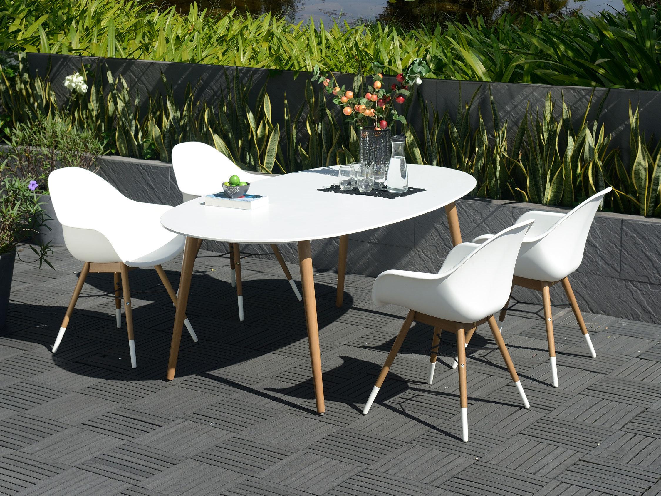 table de jardin 4 pieds