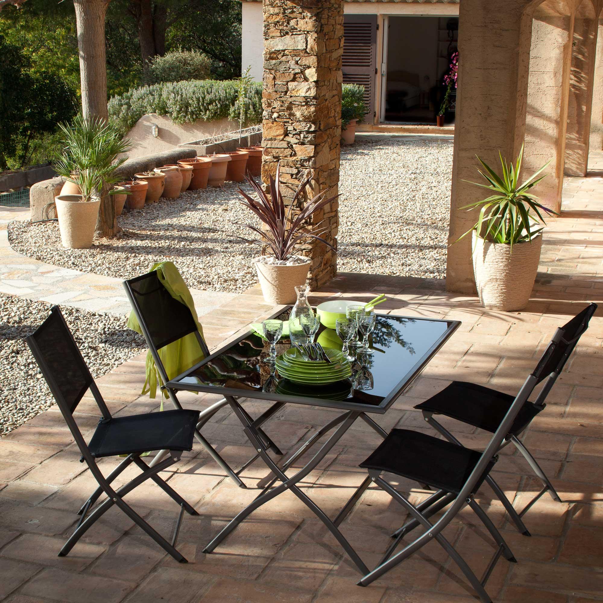 table de jardin 50 euros