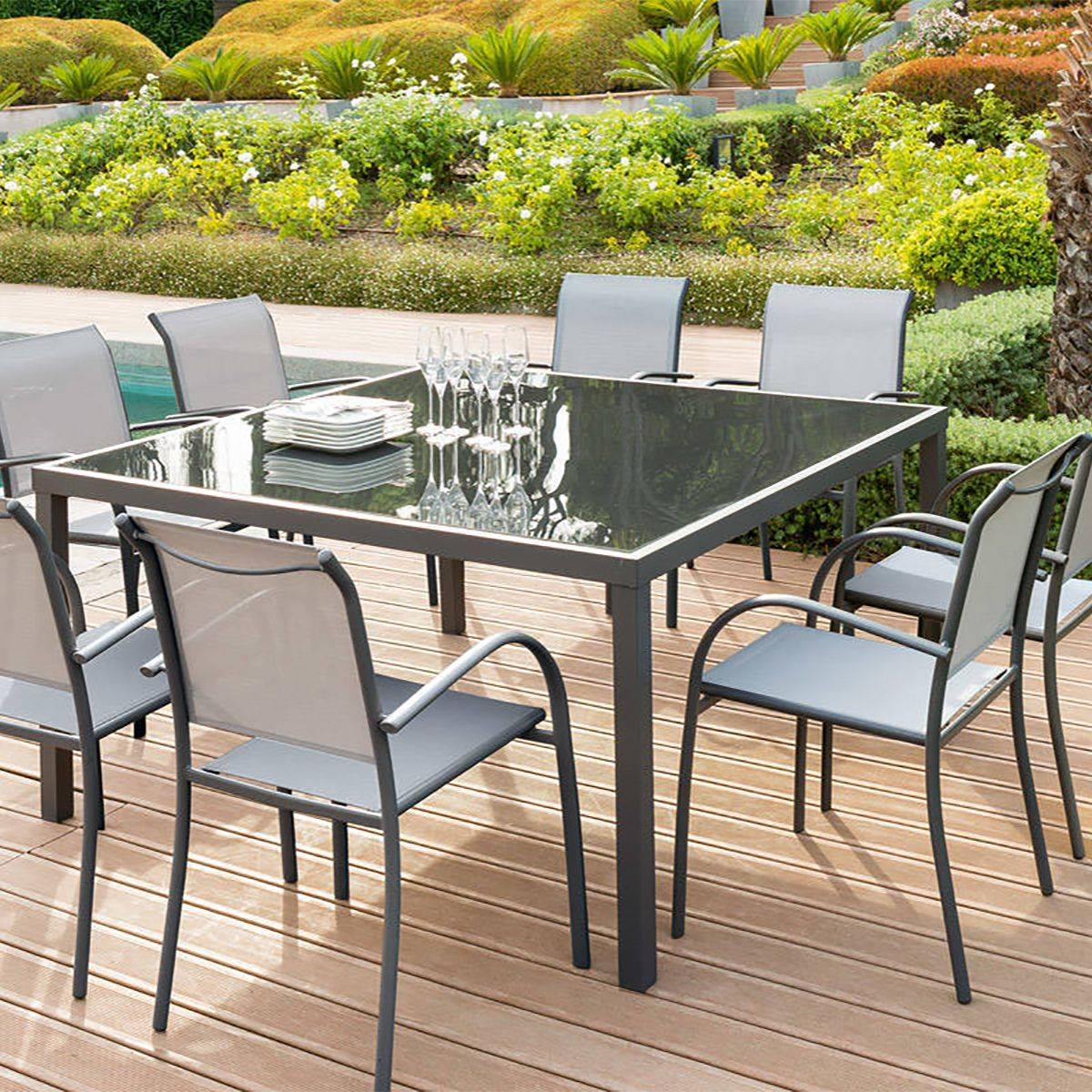 Personnes Jardin De Carree Table 8 bvmIY7gf6y