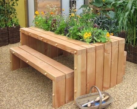 table de jardin a construire