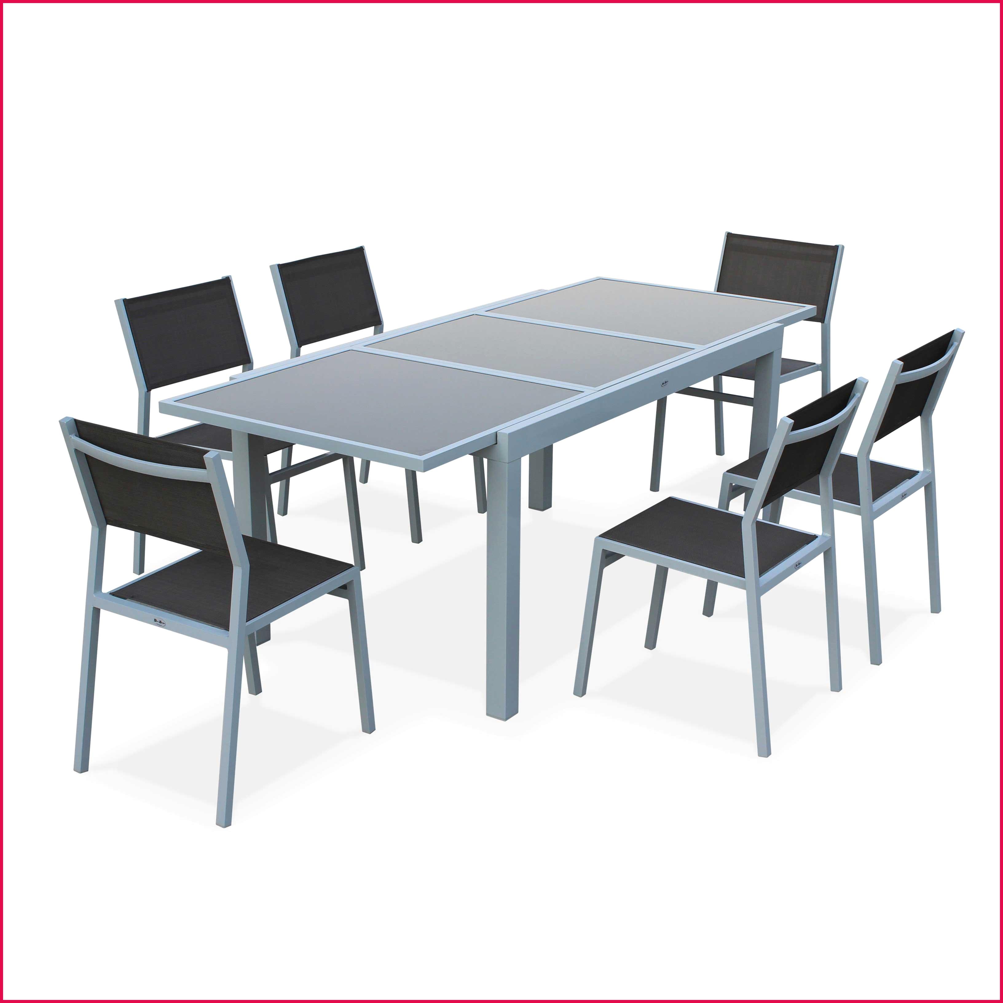 table de jardin avec 6 chaises