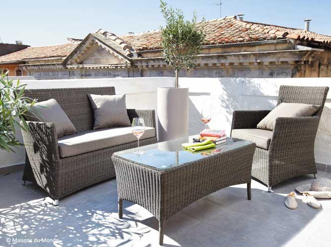 table de jardin balcon