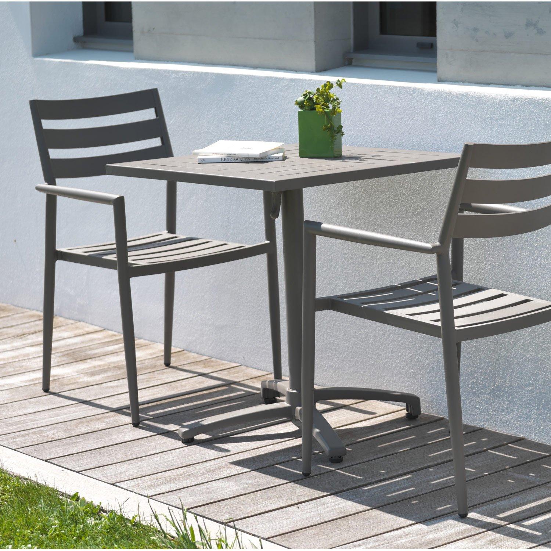 table de jardin deux personnes