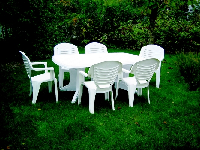 Beautiful Table De Jardin Plastique Avec Chaises Photos ...
