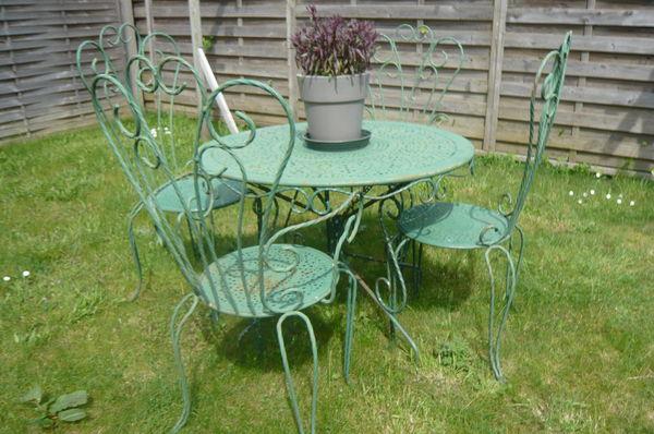 Best Petite Table De Jardin En Fer Forge Pictures - Amazing House ...