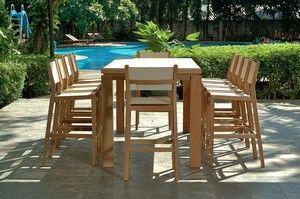table de jardin haute