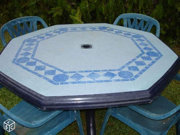 table de jardin hexagonale en plastique