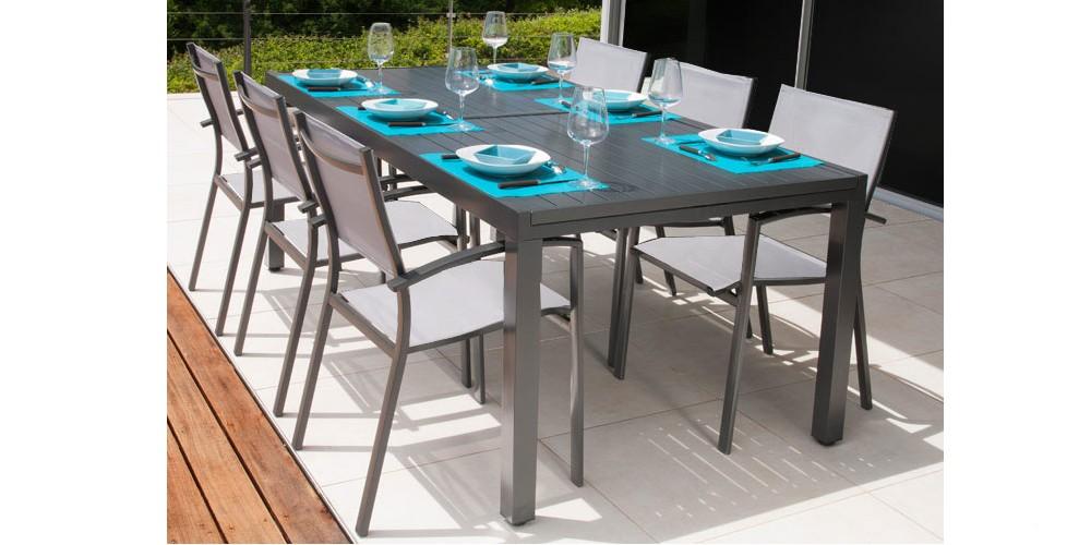 table de jardin malaga