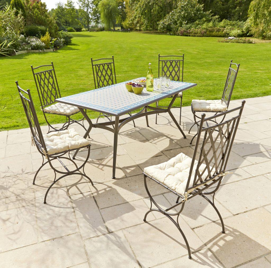 Mosaique Carrefour De Mosaique Table Jardin Mosaique De ...