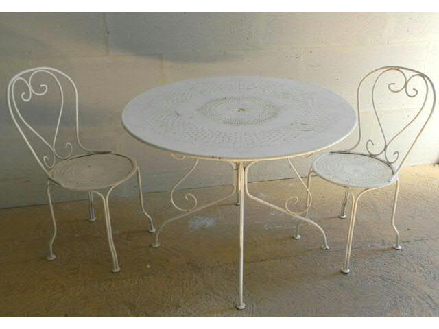 Beautiful Salon De Jardin Table Ronde Metal Photos - House Design ...