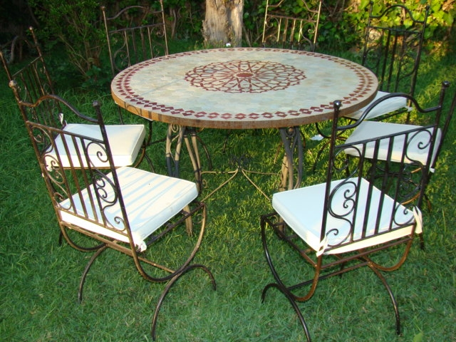 Table Et Chaise De Jardin En Fer Forg. Top Table Jardin Fer Table Et ...